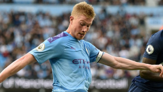 WATCH: De Bruyne back in Man City training
