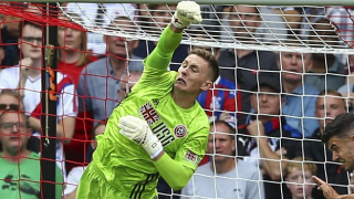 Sheffield Utd No1 Henderson: Young Prem keepers should try lower leagues