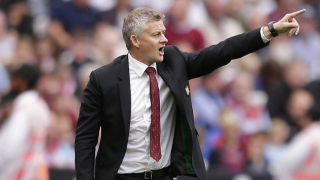 Man Utd boss Solskjaer delighted with 'smashing boy' Van de Beek
