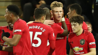 Man Utd midfielder Hamilton happy to take Bolton challenge