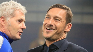 Roma great Totti: I'd be stupid to take son to Lazio