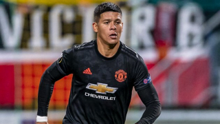 Estudiantes chief Veron expects to hold onto Man Utd defender Rojo