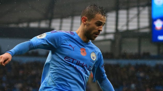 Man City midfielder Bernardo Silva opens door to Benfica return