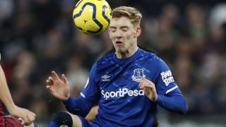 Everton attacker Gordon highlights Baines, Coleman leadership