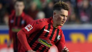 Leeds battling Tottenham for Freiburg defender Robin Koch