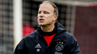 Bergkamp opens door to Arsenal coaching return
