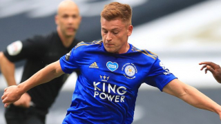 Leicester eager to hand Barnes new deal