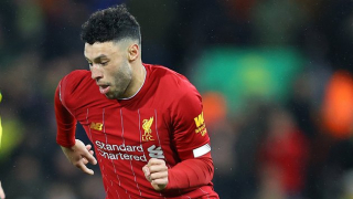 Liverpool midfielder Oxlade-Chamberlain: Robertson not the best in training...