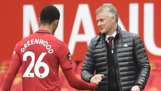 Solskjaer delighted with Van de Beek in Man Utd training