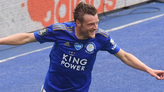 Leicester striker Jamie Vardy happy inking new contract