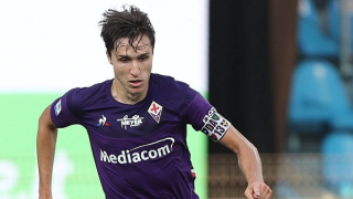 Man Utd table offer for  Fiorentina attacker Federico Chiesa