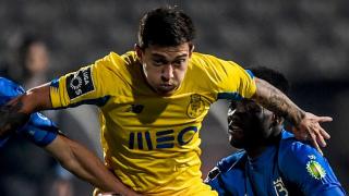Arsenal keen as Leicester make offer to Porto midfielder Otavio