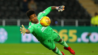 Rotherham manager Warne 'buzzing' over deal for Chelsea keeper Blackman