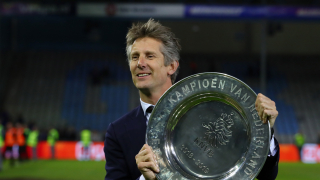 ​Man Utd legend Scholes backs van der Sar for director role