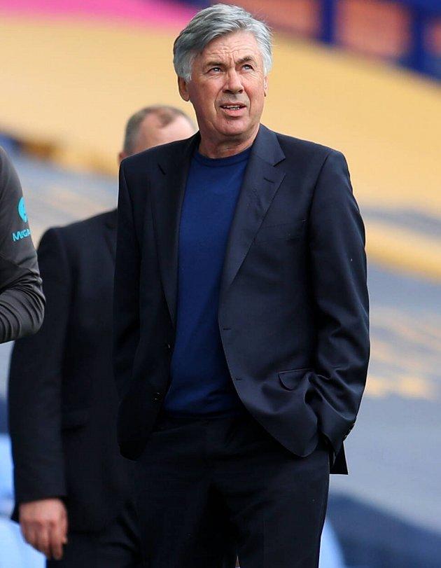 Everton goalkeeper coach Alan Kelly slams Irish mole claims