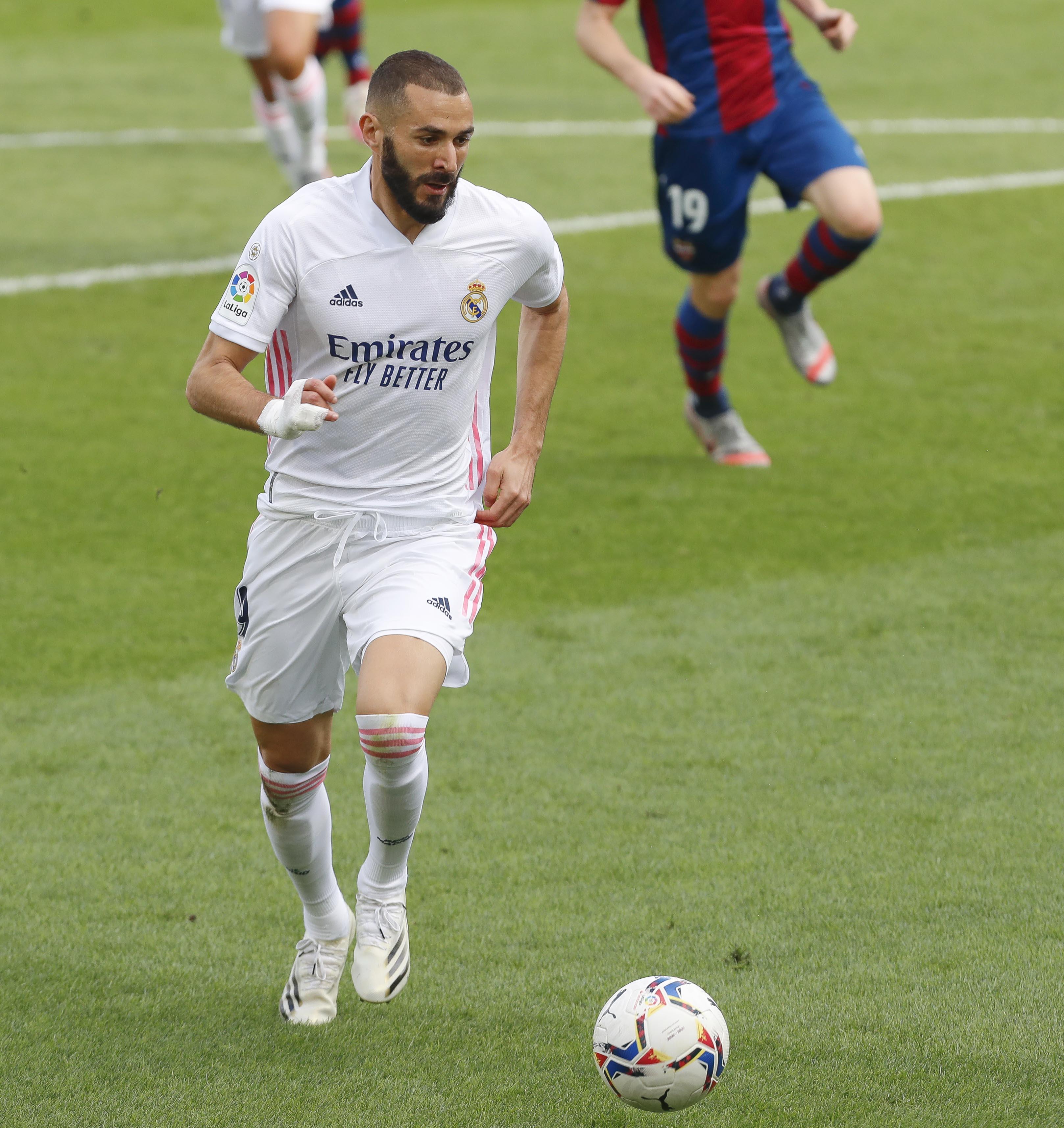 <a href='/players/karim-benzema'>Karim Benzema</a> (<a href='/clubs/real-madrid'>Real Madrid</a>).jpeg