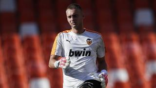 Everton moving for Valencia goalkeeper Jasper Cillessen