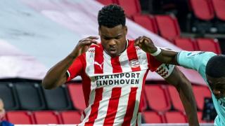 Newcastle eyeing PSV fullback Denzel Dumfries