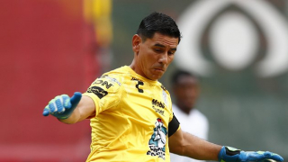 Pachuca and Oscar Ustari locked in difficult contract talks
