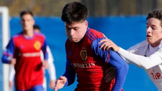 Son of Basel legend Scott Chipperfield signs pro terms