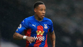 Crystal Palace boss Hodgson confirms Clyne about to pen new deal