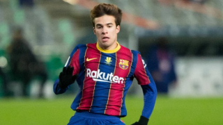 Barcelona ready to hand Riqui Puig new contract
