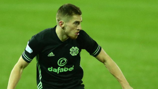 Everton fullback Kenny open to Celtic stay