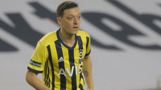 Ex-Arsenal midfielder Ozil suffers ligament damage at Fenerbahce