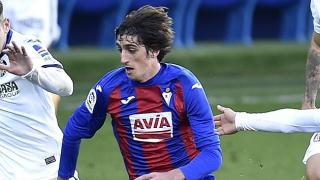 Sevilla plan Bryan Gil contract talks amid Arsenal, Barcelona pressure