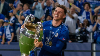 Chelsea midfielder Mason Mount changing agents