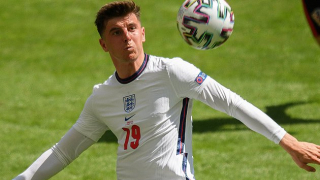 Keown urges Chelsea to give Mount extended break
