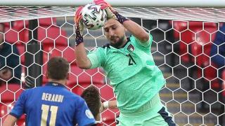 Torino goalkeeper Sirigu: Transfer rumours never unsettled Donnarumma during Euros