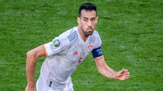 Real Madrid great Hierro hails Barcelona veteran Busquets: Father to entire Spain squad