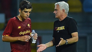 Roma wrapping up the signing Genoa forward Eldor Shomurodov