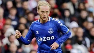Crystal Palace keeping tabs on Everton playmaker Davies
